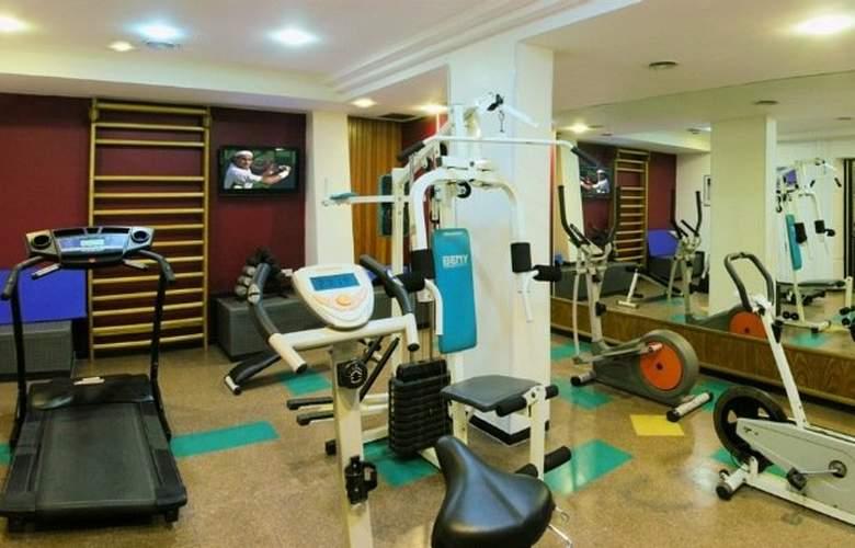 Sarmiento Palace Hotel - Sport - 3