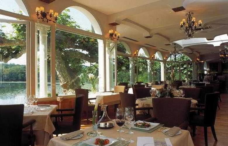Chateau de Brindos - Restaurant - 8