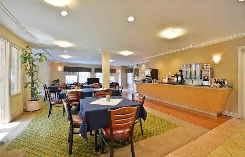 Best Western Plus Mountain View Inn - Hotel - 18