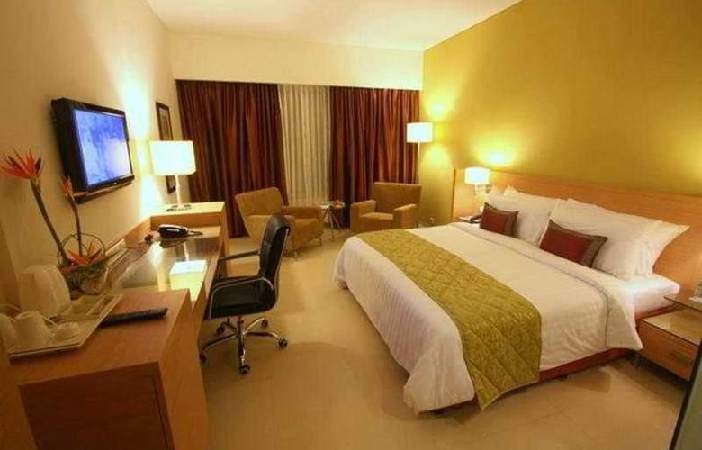 Radha Regent Bangalore - Room - 4