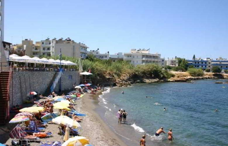 Thalia - Beach - 10