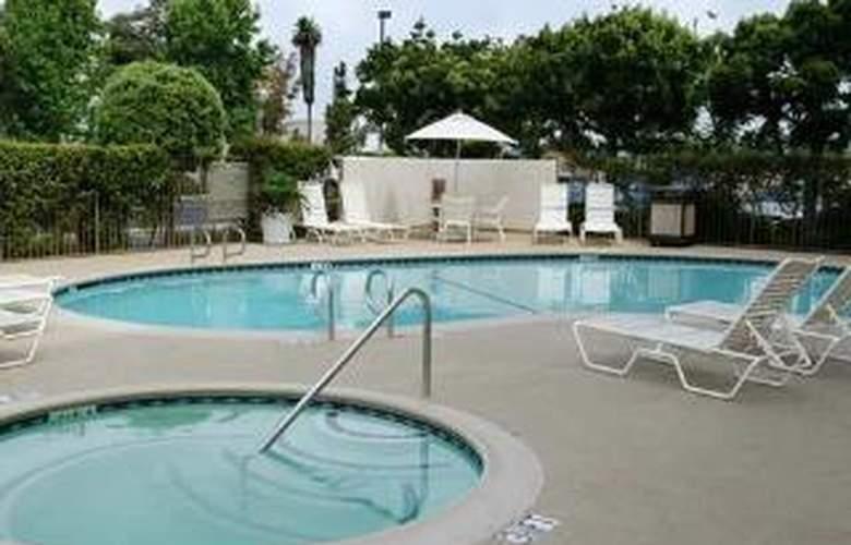 Hampton Inn & Suites LA Buena Park Disney Anaheim - Sport - 0