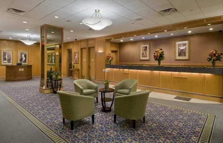 Hilton Newark Penn Station - Hotel - 11