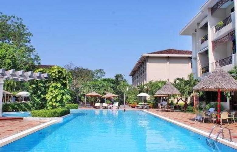 Hoi An Historic Hotel - Pool - 11