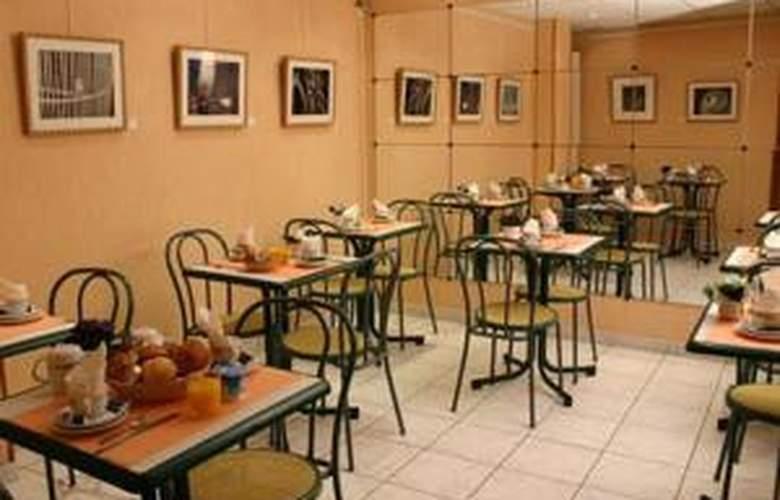 Printania Porte de Versailles - Hotel - 1