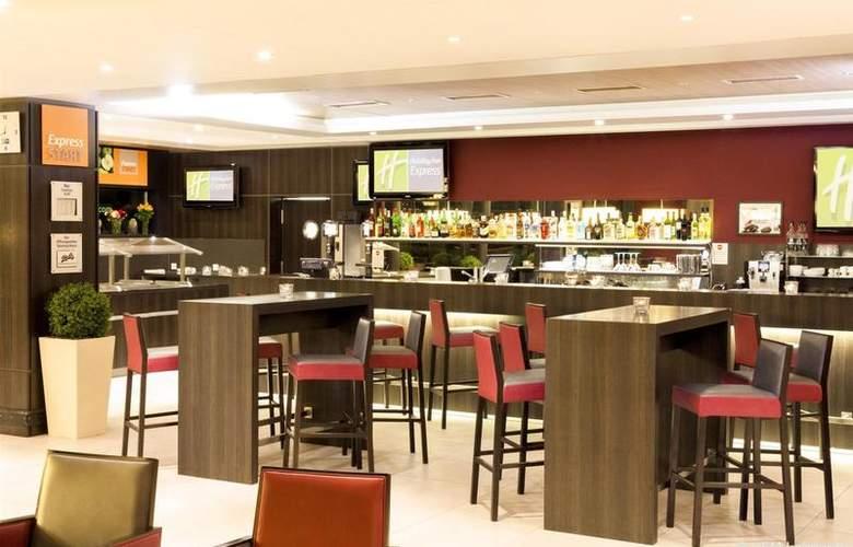 Holiday Inn Express Zurich Airport - Bar - 3