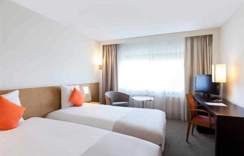 Novotel Lille Centre gares - Hotel - 1