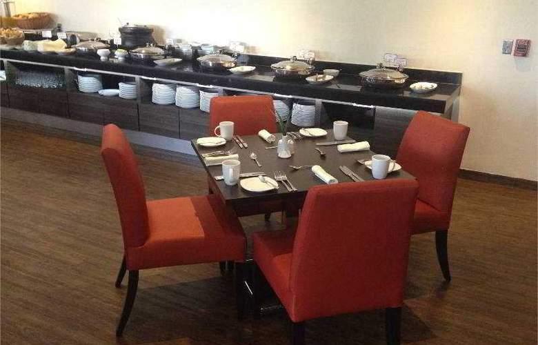 Real Inn Tlalnepantla - Restaurant - 17