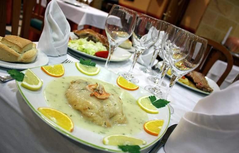 Fenix - Restaurant - 14