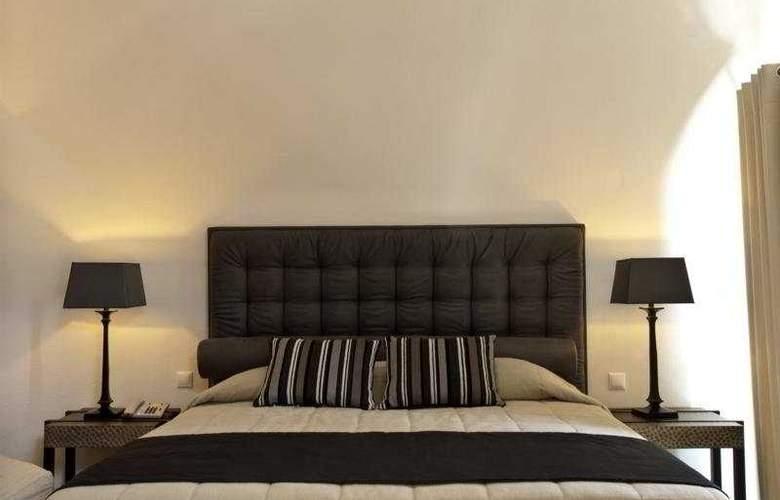 Honey Moon Villas - Room - 4