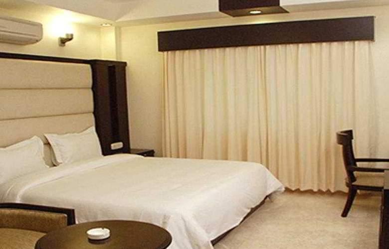 Meridian Plaza - Room - 4