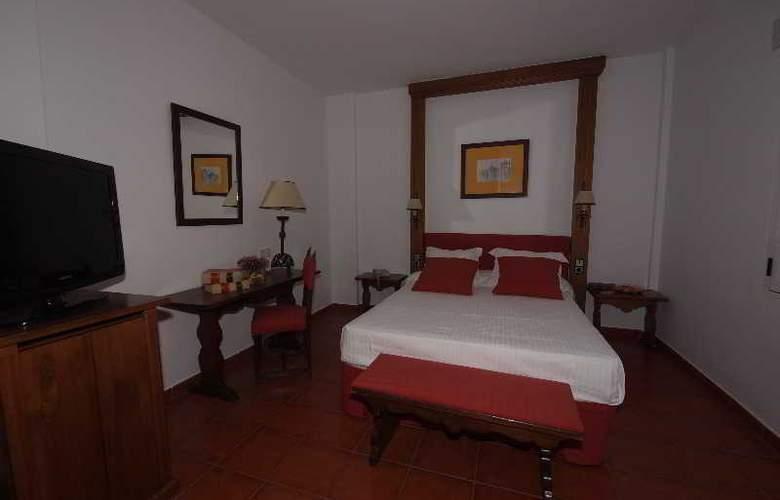 El Bedel - Room - 13