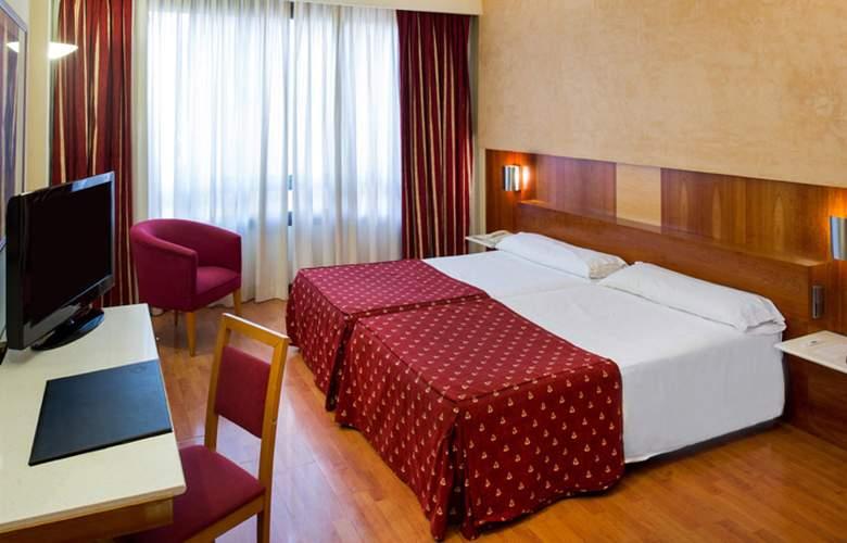 Catalonia Barcelona 505  - Room - 8