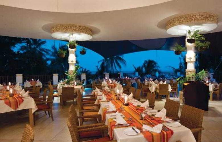 Leopard Beach - Restaurant - 9