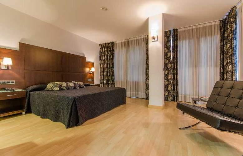 GIT Conquista de Granada - Room - 12