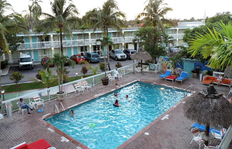 Floridian Hotel - Pool - 27