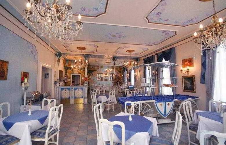 William - Restaurant - 8