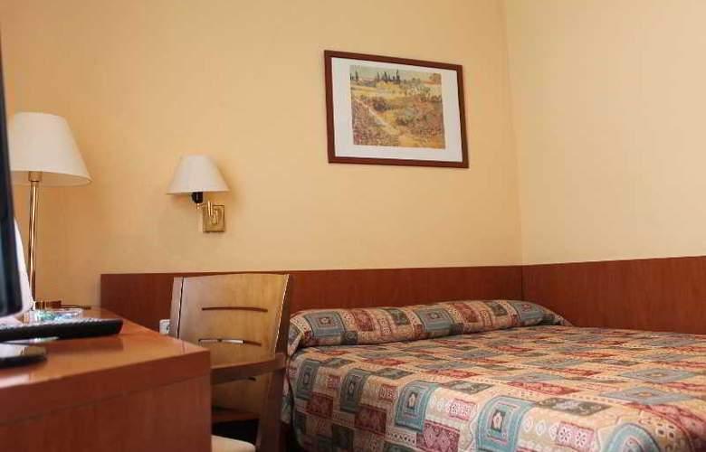 Bonanova Park - Room - 15