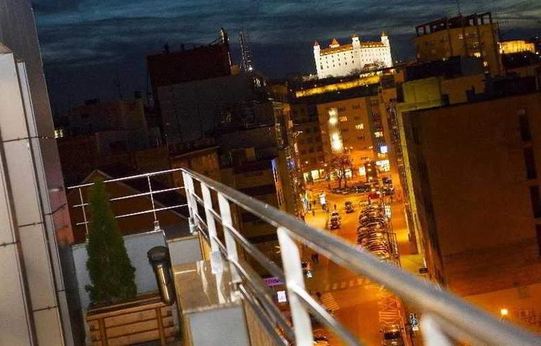 Danubia Gate - Hotel - 4