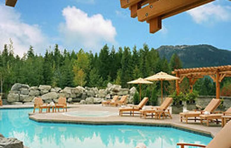 Four Seasons Resort Whistler - Pool - 4