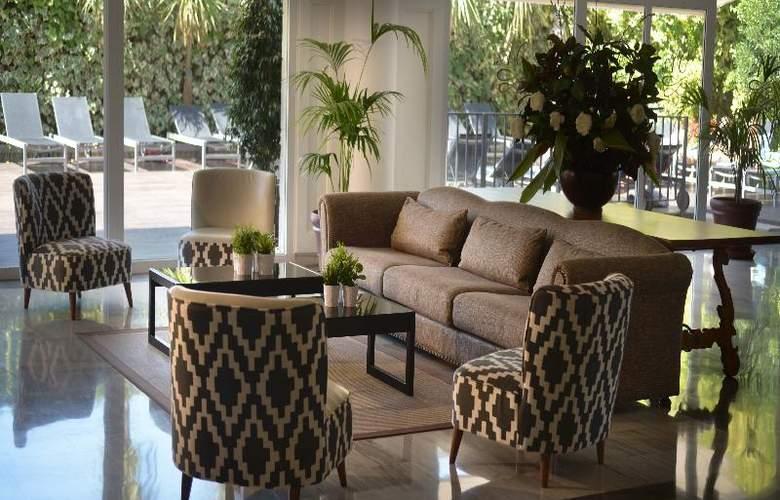 Augusta Club Hotel & Spa - General - 10