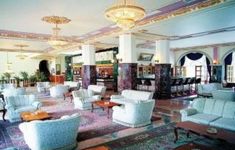 Montana Beach Club Hotel - Bar - 3