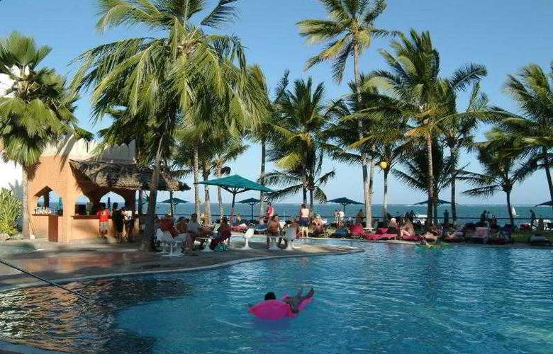 Bamburi Beach Hotel - Pool - 2