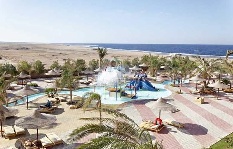 Three Corners Sea Beach Resort - Hotel - 7