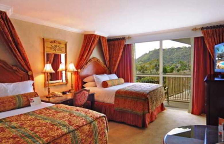 Town And Country Resort Hotel - Room - 13