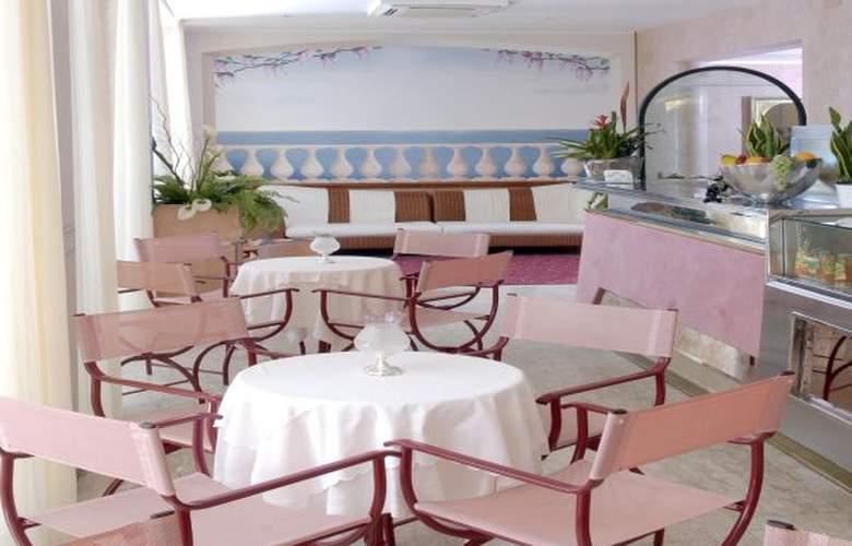 Souvenir - Hotel - 4
