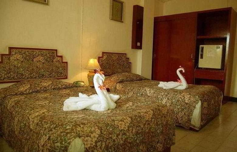 Romeo Palace - Room - 2