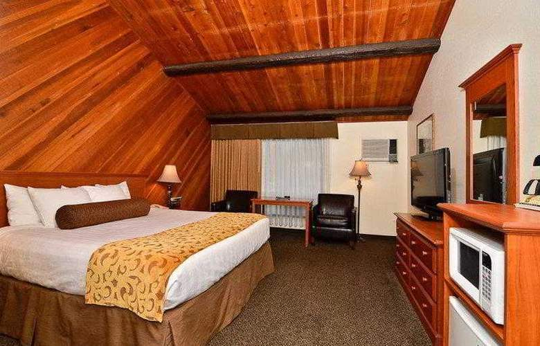 Best Western Plus Tree House Motor Inn - Hotel - 10