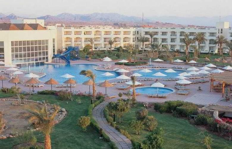 Oriental Resort - Hotel - 0