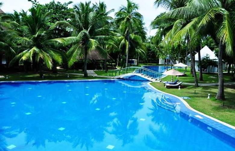 Cordova Reef Village Resort - Pool - 27