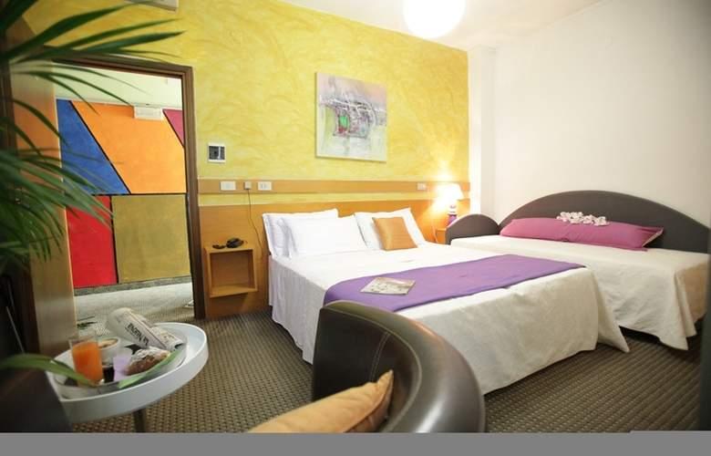 Art Hotel Mirano - Room - 9