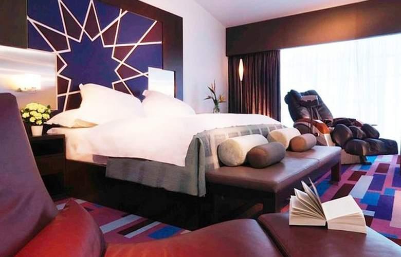 Dubai International Airpot - Terminal hotel - Room - 11