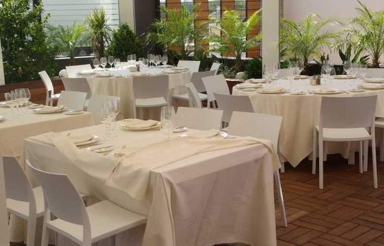 Malaga Nostrum - Hotel - 11