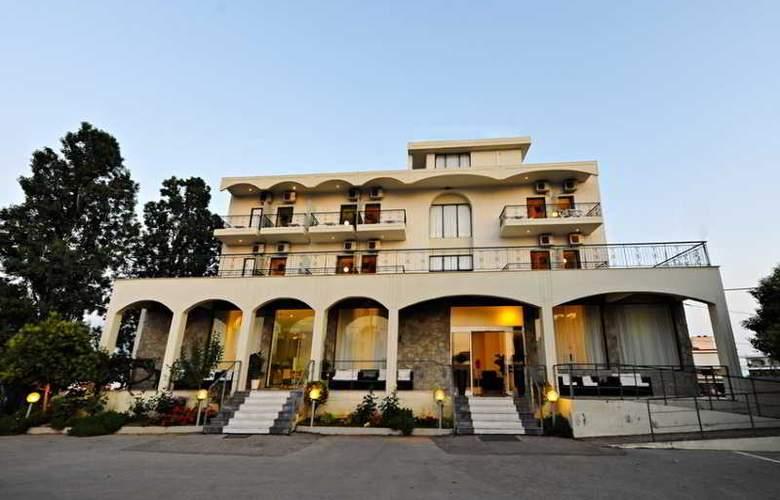 Kleopatra Inn - Hotel - 3