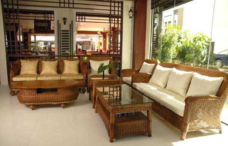 Outdoor Inn & Restaurant Kata Beach - General - 10