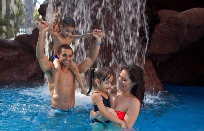 El Cid El Moro Beach Hotel - Pool - 5