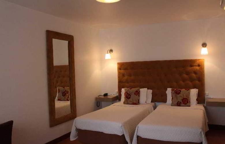 Hotel Residencial Batalha - Room - 7