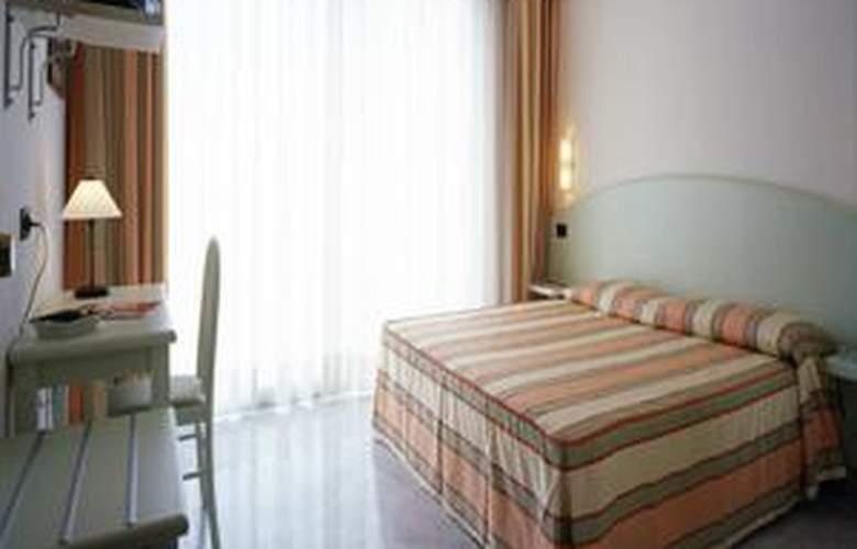 Elena - Hotel - 2