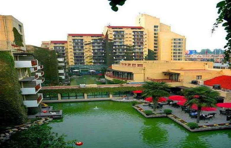 Jian Guo - Pool - 4