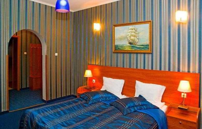 Maxim - Room - 4