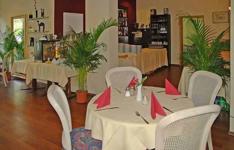 Alecsa Hotel Am Olympiastadion - Bar - 3