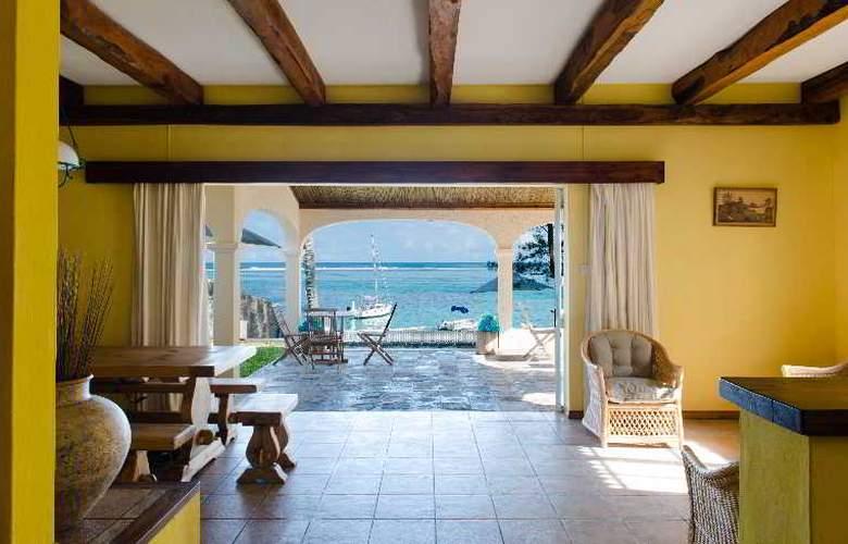 Holiday Inn Mauritius Airport - Beach - 16