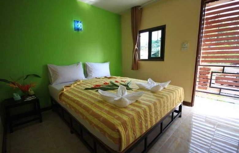 Pong Pan House - Room - 9