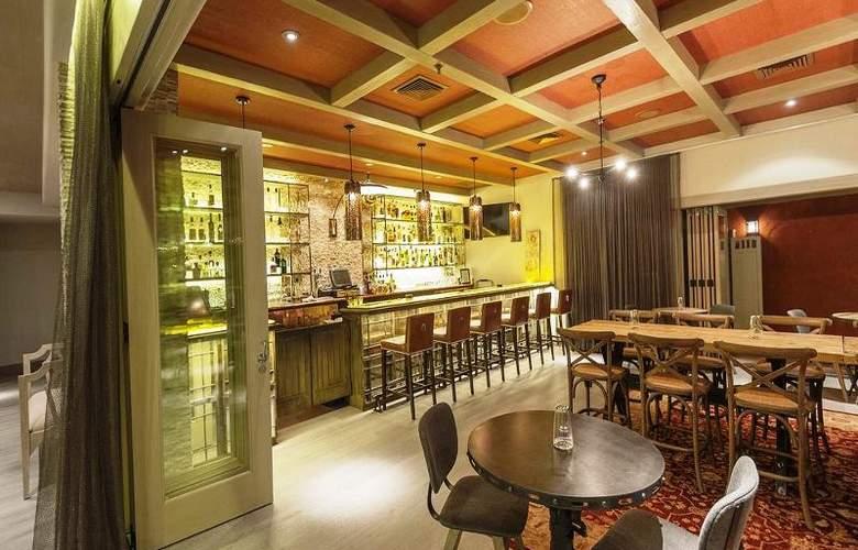 Bernardus Lodge - Bar - 5