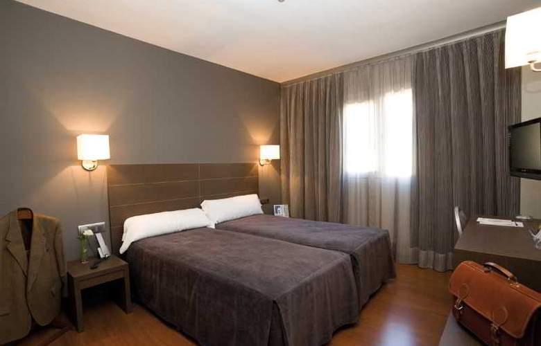 Cisneros - Room - 4