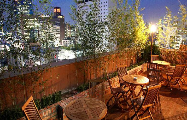 Sky Park in Myeong-dong Hotel - Terrace - 24